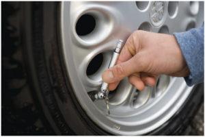 Tlakoměr pneumatik