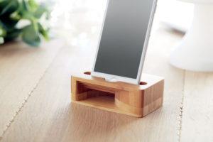 Bambusový stojánek a zesilovač pro smartphone