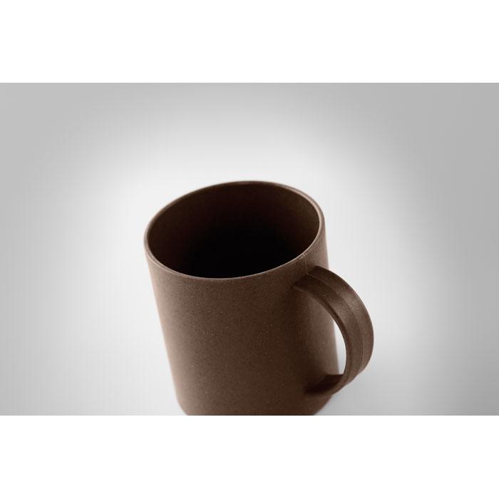 Hrnek z kávového zrna