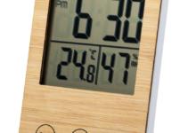 Digitální hodiny a meteorologická stanice z bambusu