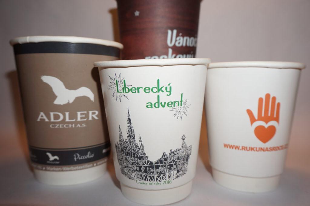 papirovy kelimek na kavu