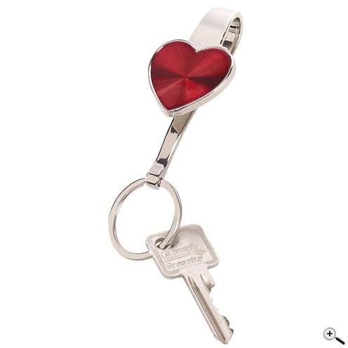 Vyhledávač klíčů s lesklým červeným srdcovým klipem a kroužkem na klíč