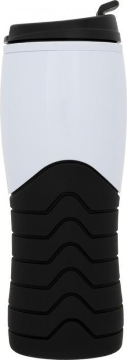 Sportovní tvarovaná pogumovaná láhev