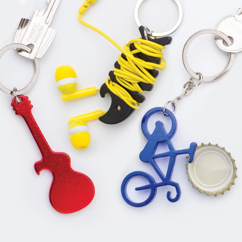 Přívěšek na klíče ve tvaru kytary s otvírákem
